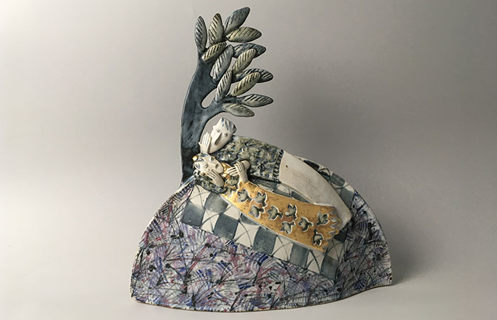 Romantic rendezvous | Helen Martino Pottery | Cambridge Potter