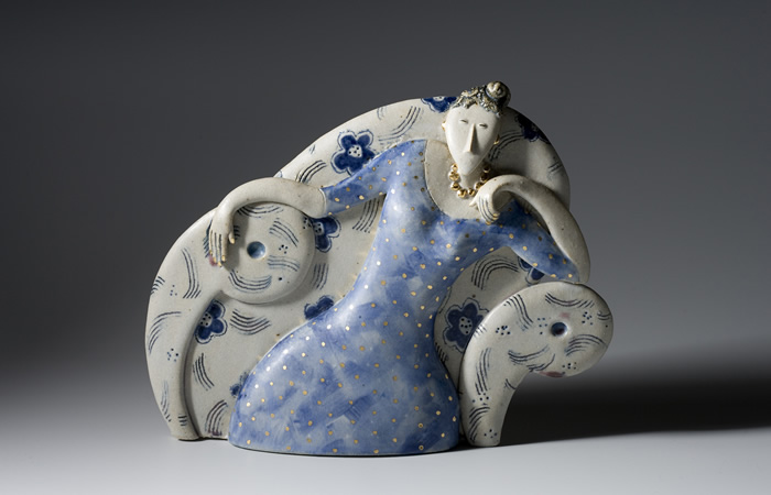 Her flowery chair | Helen Martino Pottery | Cambridge Potter