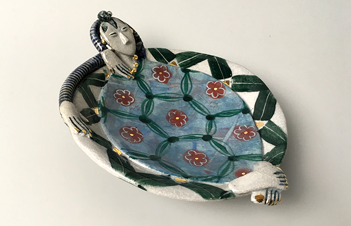 Dishy lady chilling out | Helen Martino Pottery | Cambridge Potter