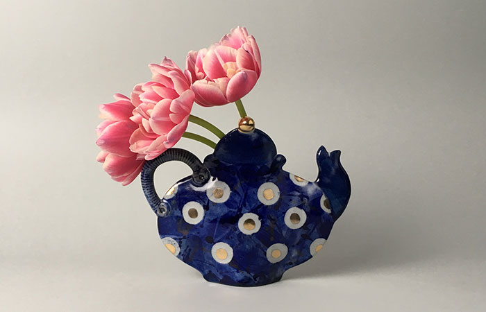 Teapot Vase | Helen Martino Pottery | Cambridge Potter